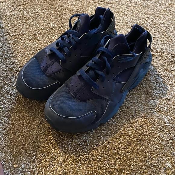 Nike Shoes   Air Huarache Triple Navy